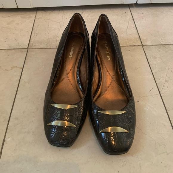 Naturalizer Heels - Crocodile Pattern (Brown)